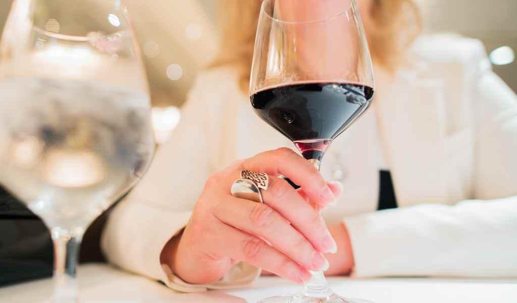 Лечение женского алкоголизма в Астапово анонимно